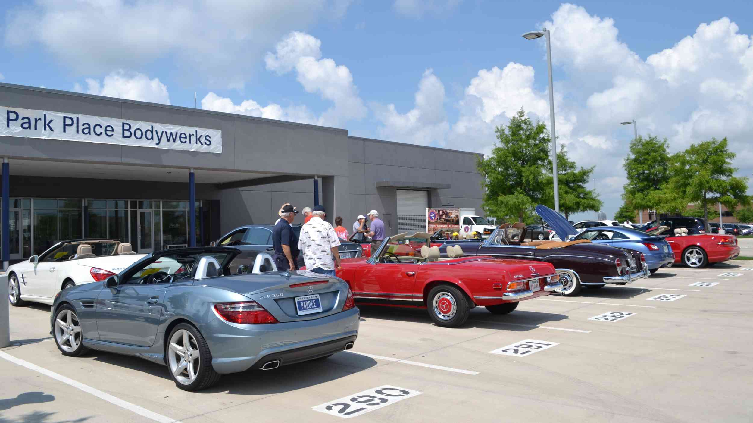 Park place mercedes fort worth best place 2017 for Mercedes benz dealers in texas
