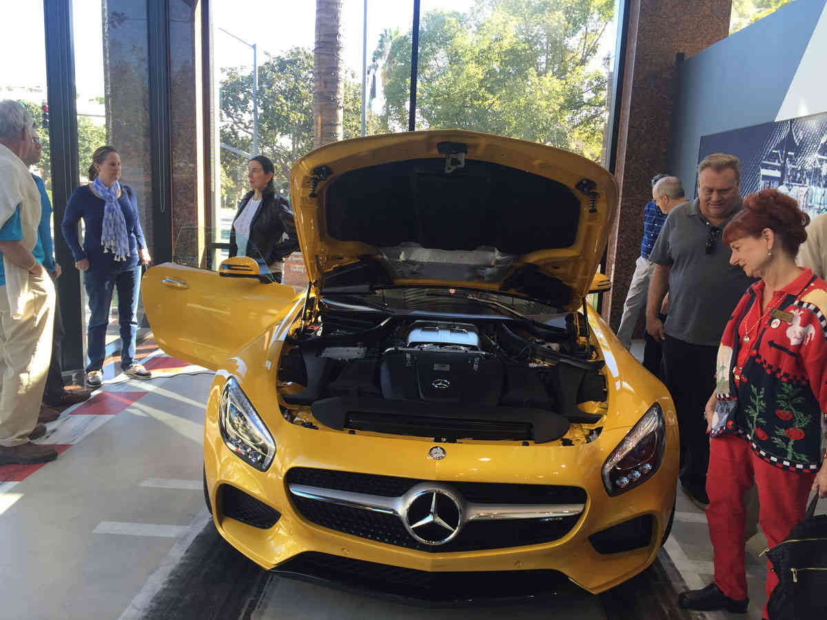 Top of mercedes benz parts beverly hills fiat world test for Beverly hills mercedes benz service